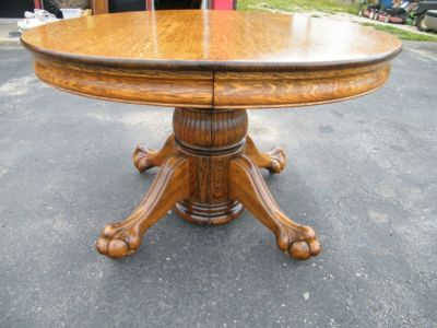 KILLER Ball And Claw Foot Round Oak Dining Table Antique - Claw foot oak dining table