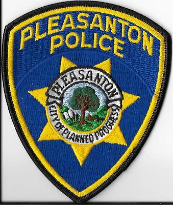 Pleasanton, CA  Police Patch -- Antique Price Guide Details Page